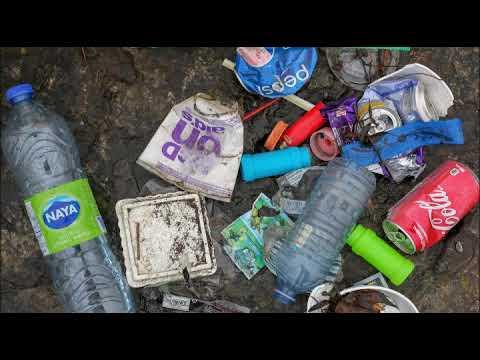 Los plásticos a la basura