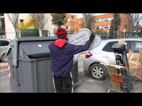 Mira en la basura